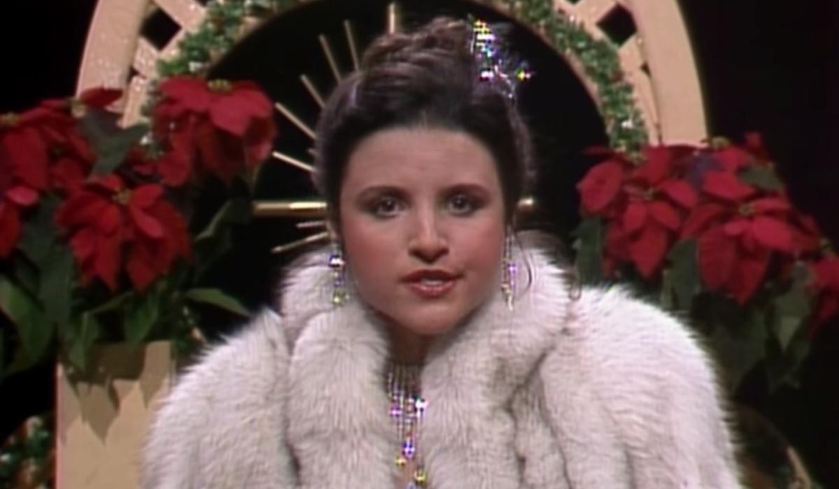 julia louis-dreyfuss on SNL screenshot