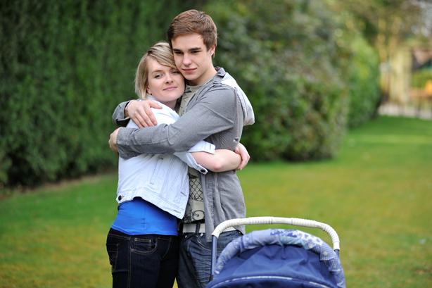 Newt's mum Shelley arrives in Hollyoaks!