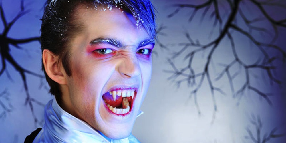 7 Strange Ways Humans Act Like Vampires | Live Science