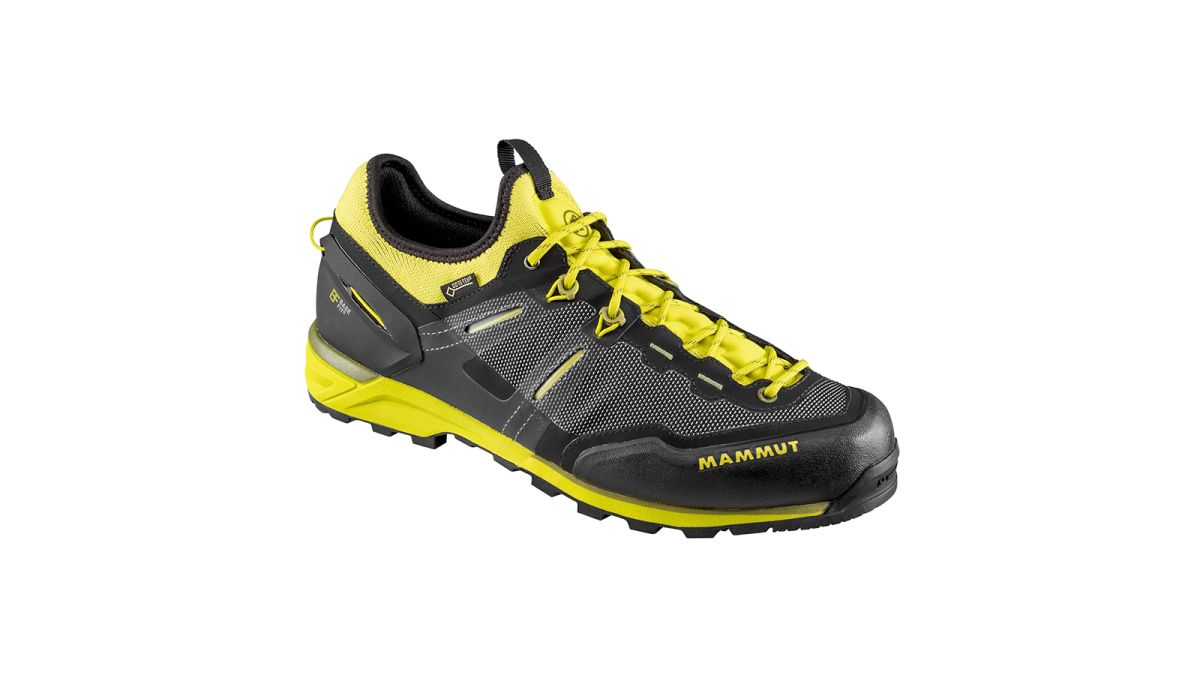 2a19a14858d7 Best men s walking shoes 2019  stay sure-footed in any weather and on all  trails