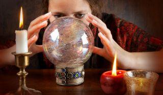 fortune-teller-110301-02