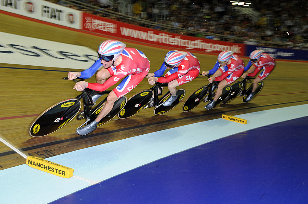 In action, Britain wins team pursuit, Manchester Track World Cup 2011