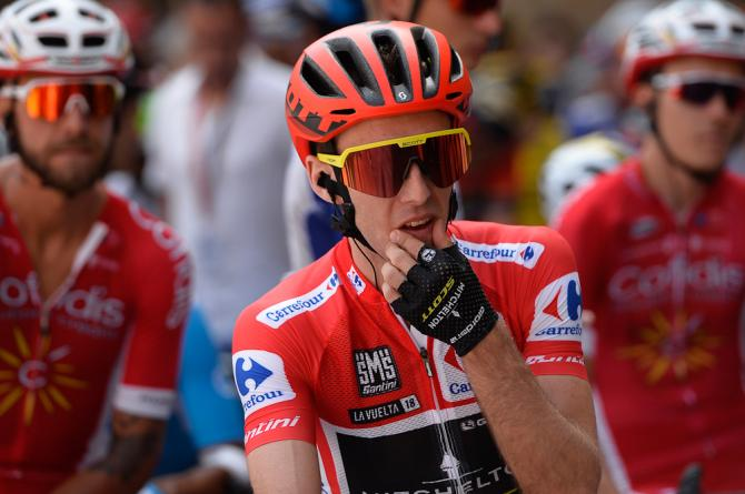 Simon Yates in red before the start of stage 10 at the Vuelta