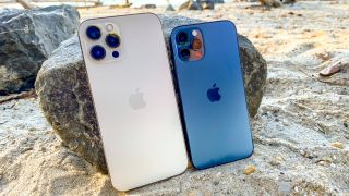 iPhone 12 Pro Max review vs iPhone 12 pro
