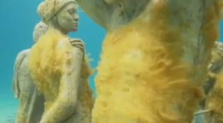 undersea-art-101014-02