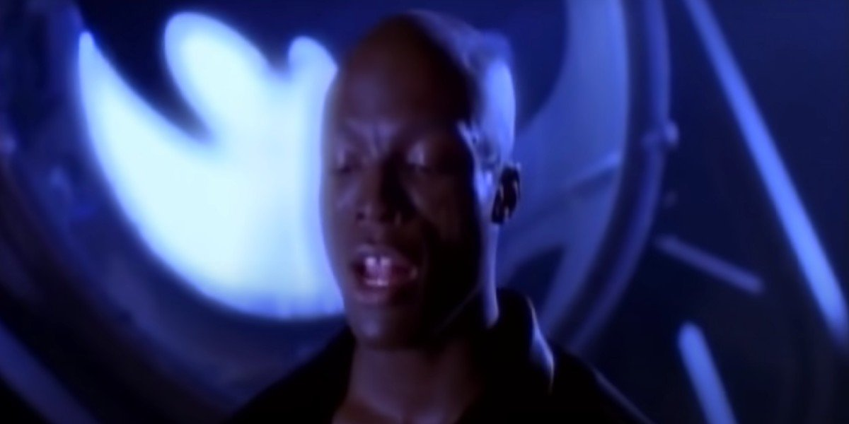 Seal in the Kiss From A Rose music video