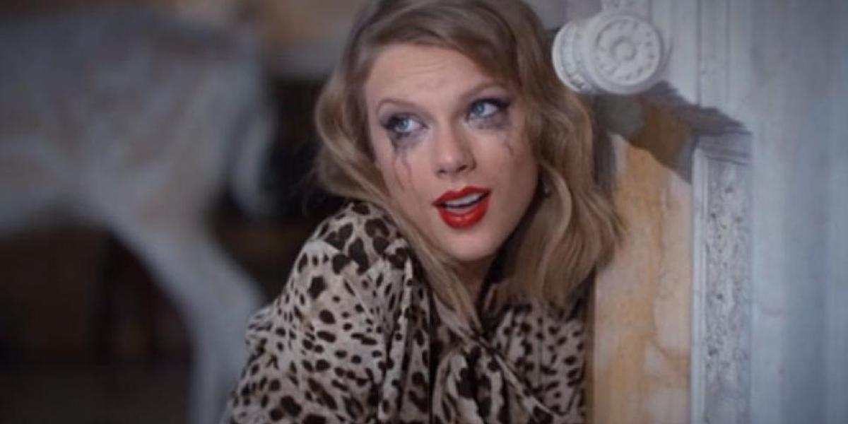 Taylor Swift with running mascara in the Blank Space music video