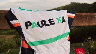 The Equipe Paule Ka team colours