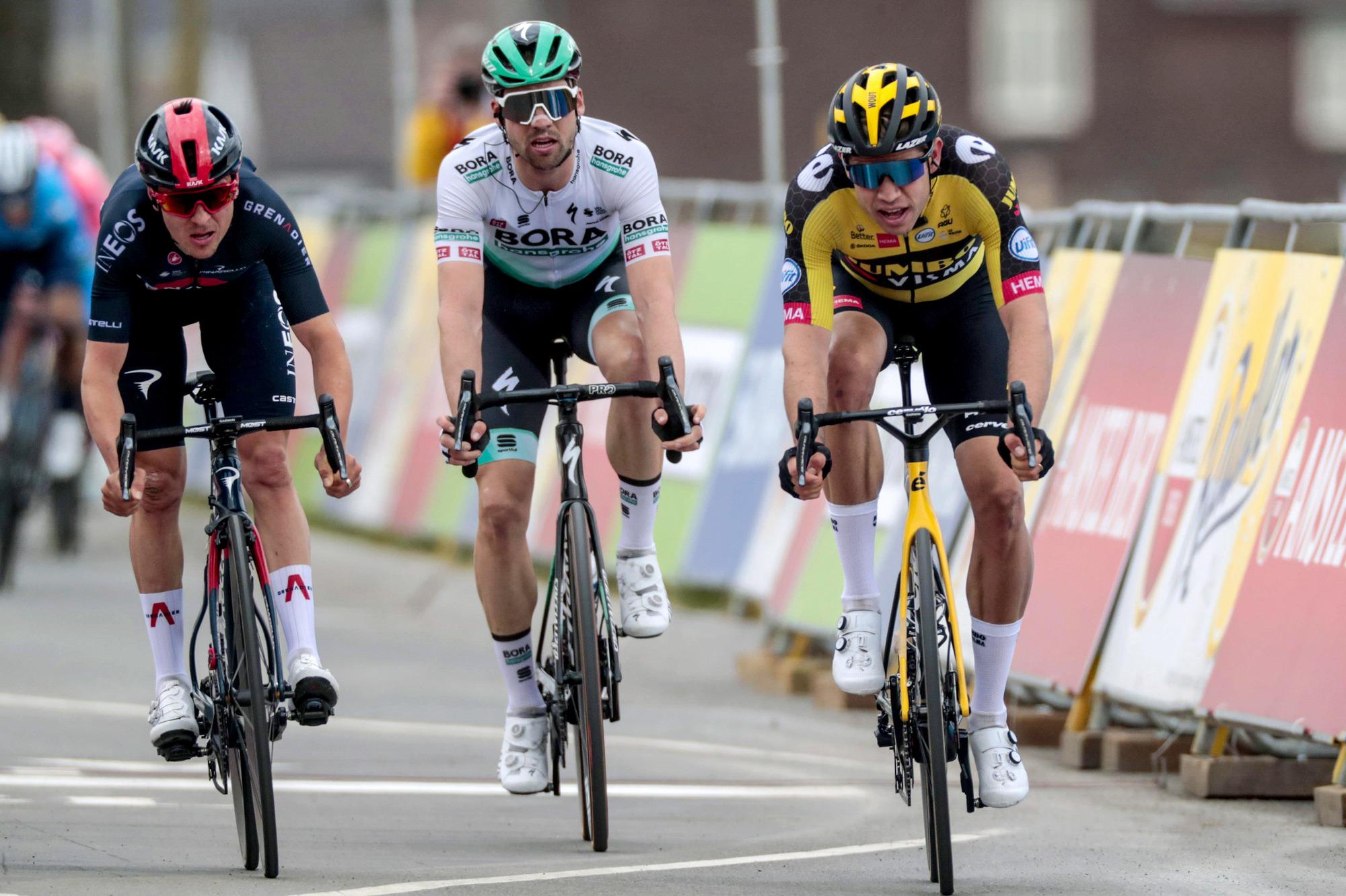 Amstel Gold Race 2021 - 55th Edition - Valkenburg - Berg en Terblijt 218,6 km - 18/04/2021 - Wout Van Aert (BEL - Jumbo - Visma) - Tom Pidcock (GBR - Ineos Grenadiers) - Maximilian Schachmann (GER - Bora - Hansgrohe) - photo Davy Rietbergen/CV/BettiniPhoto©2021