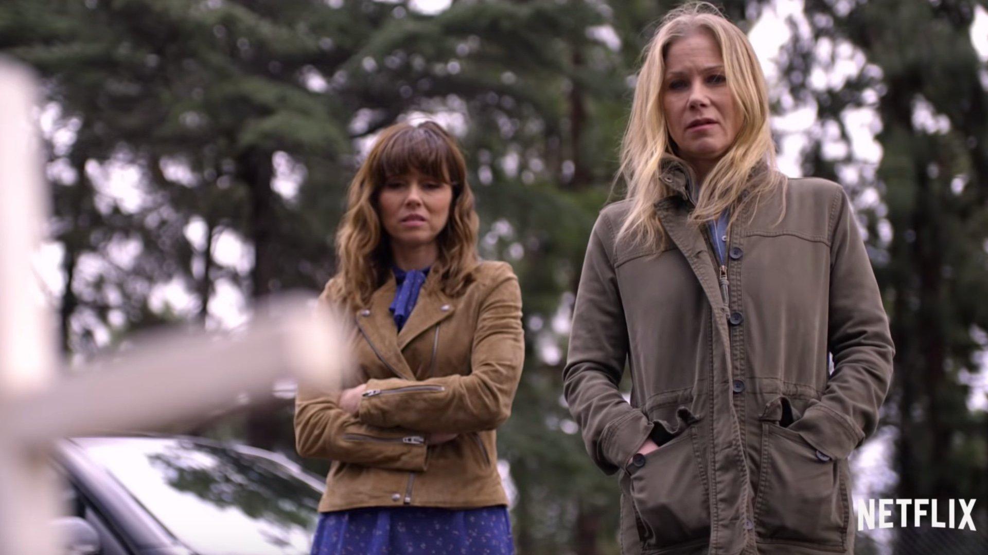 Dead to Me Season 1 Linda Cardellini Christina Applegate