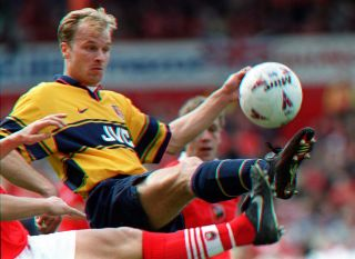 Soccer/Barns v Arsenal 3