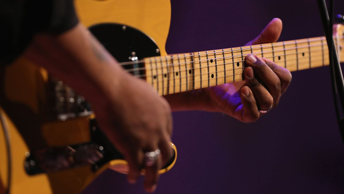 Linking parallel major and minor pentatonic patterns will take your blues playing to the next level - here's how