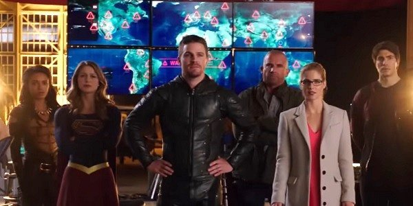 Arrowverse crossover Arrow Supergirl Legends of tomorrow