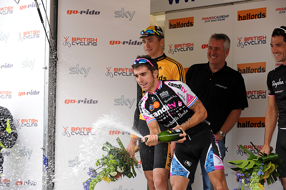 Russell Downing wins 2009 Tour of Pendle