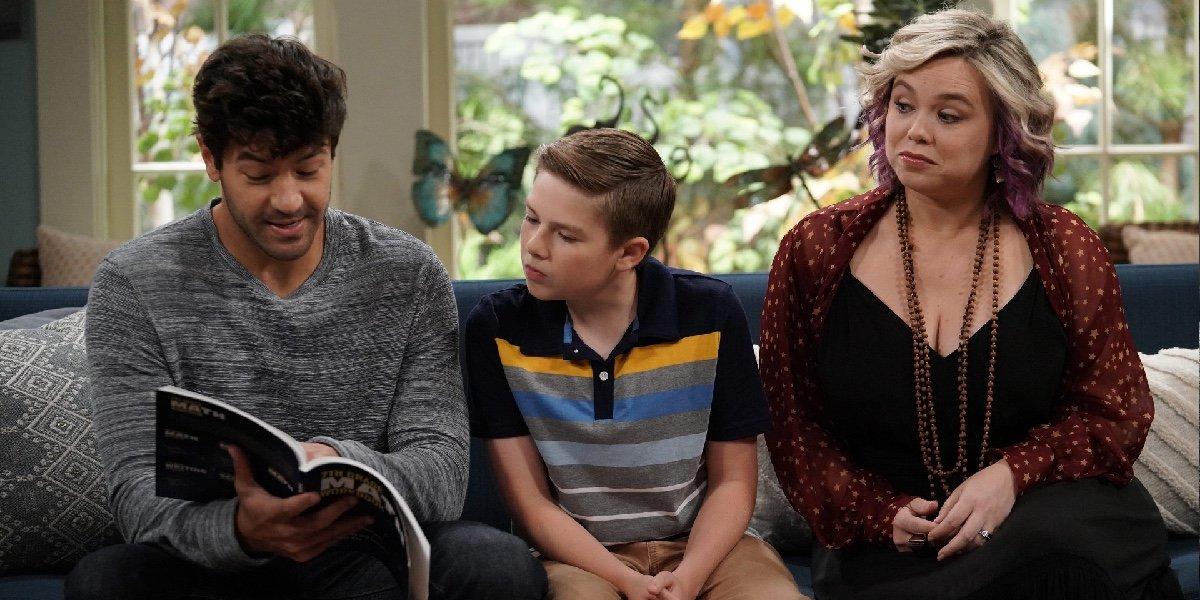 Jordan Masterson as Ryan Vogelson, Jet Jurgensmeyer as Boyd Baxter, and Amanda Fuller as Kristin Baxter in Last Man Standing.