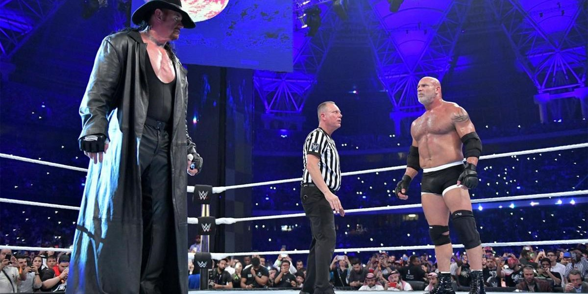 The Undertaker and Goldberg at Super Showdown