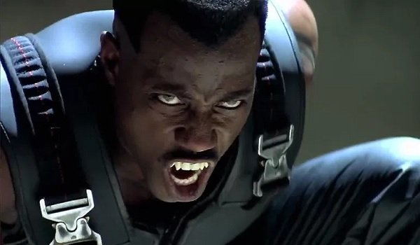 Blade Wesley Snipes bearing his fangs before the big fight
