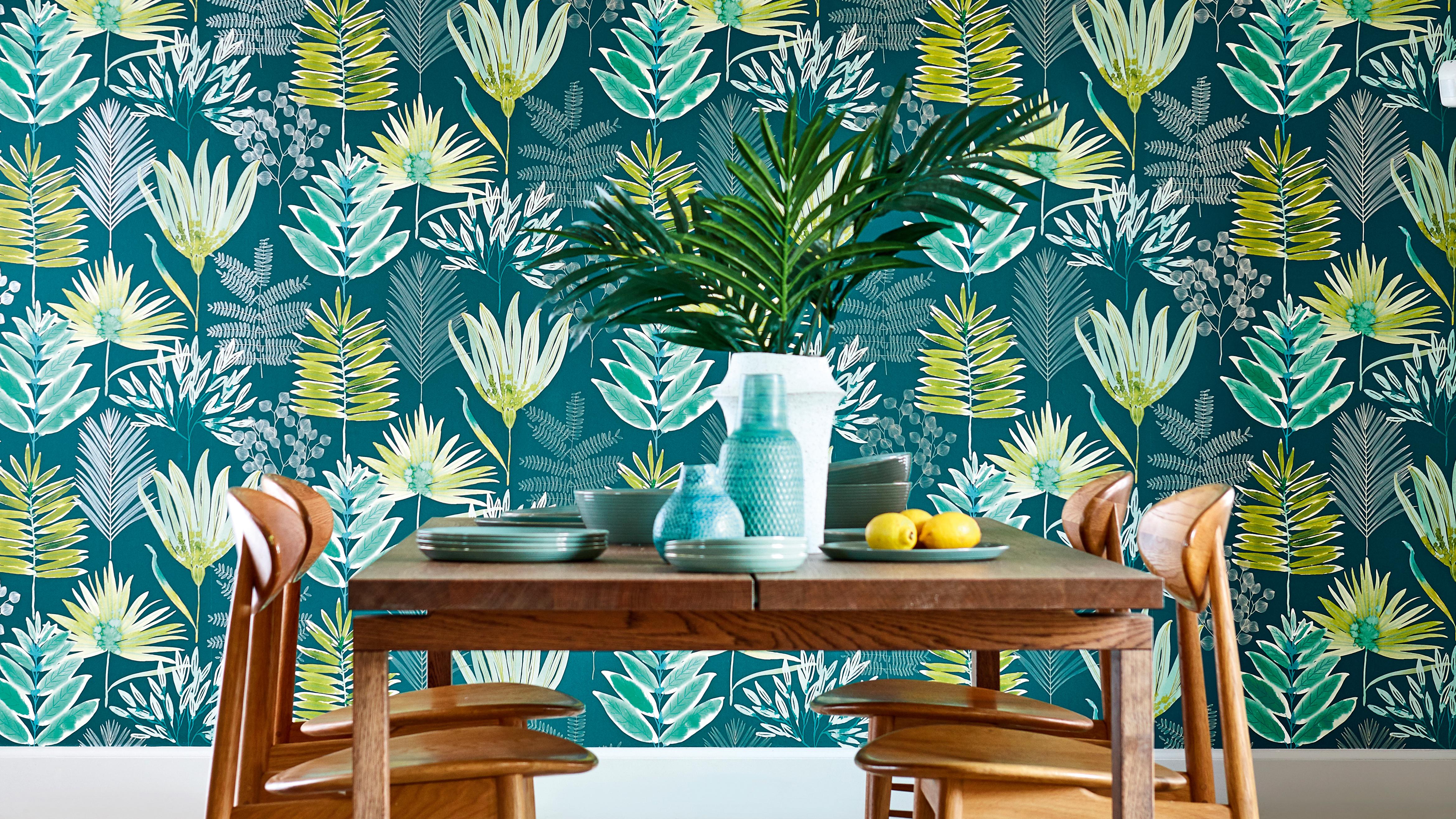 18 Beautiful Botanical Wallpaper Ideas