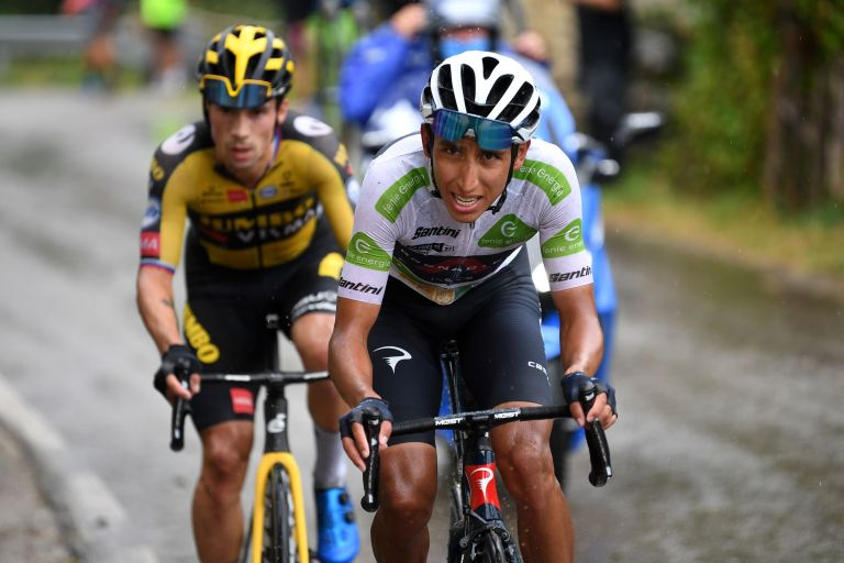 Egan Bernal and Primož Roglič on the attack on stage 17 of the Vuelta a España