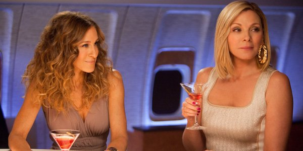 Carrie and Samantha in Sex and the City 2