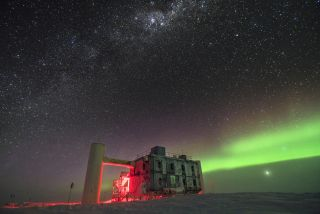 The IceCube neutrino lab in Antarctica