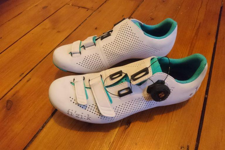 Fizik R4B cycling shoes