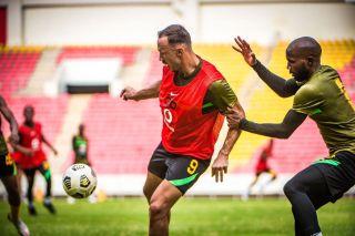 Samir Nurkovic and Ramahlwe Mphahlele