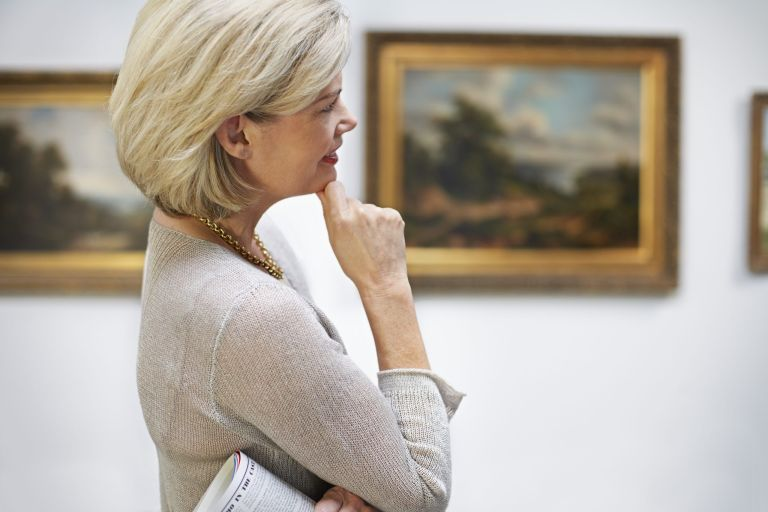 Visiting art galleries boosts wellbeing