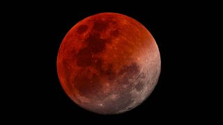 How to photography the super blood moon