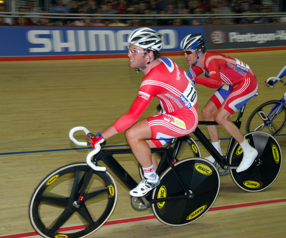 Mark Cavendish slings Bradley Wiggins