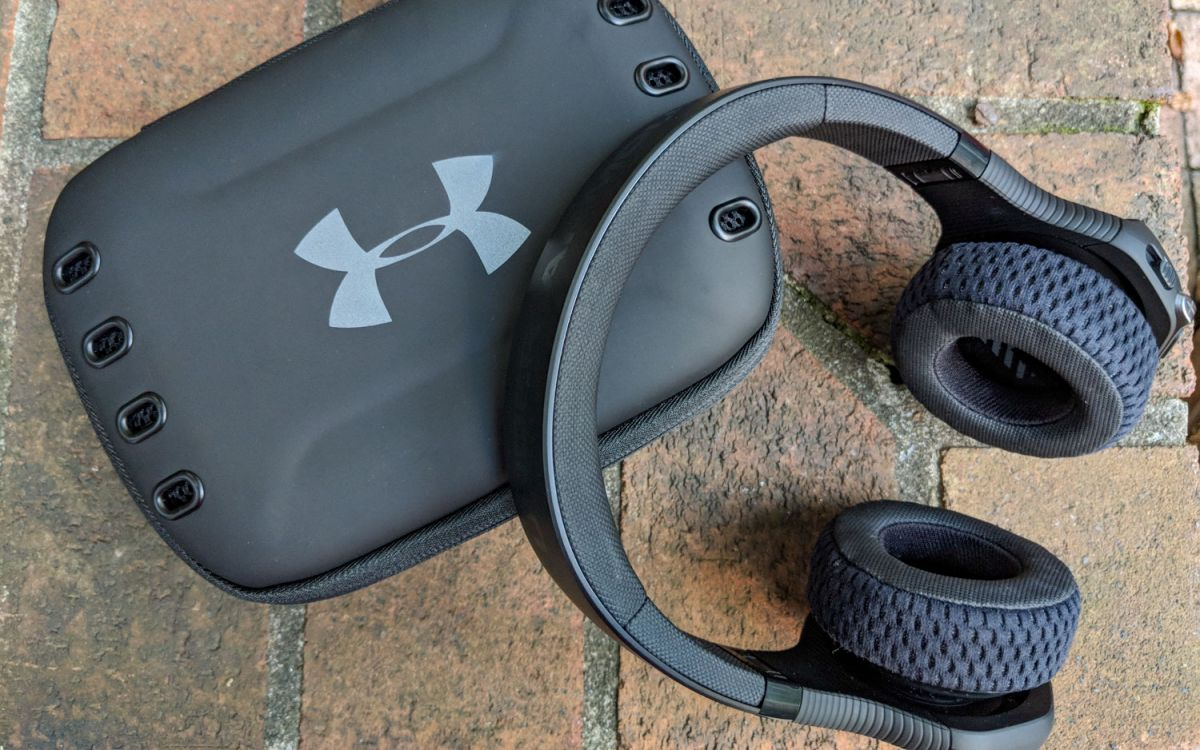 Jbl Under Armour Sport Wireless Train Review These On Ear Sports Headphones Are Legit Tom S Guide