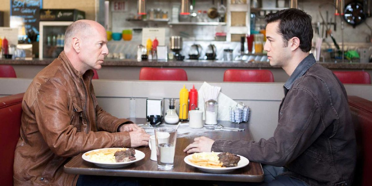 Bruce Willis and Joseph Gordon-Levitt in Looper