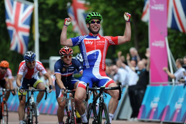 Mark Cavendish wins, London-Surrey Cycle Classic 2011