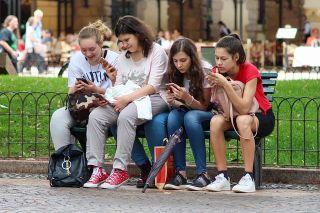 social media-addicted teens