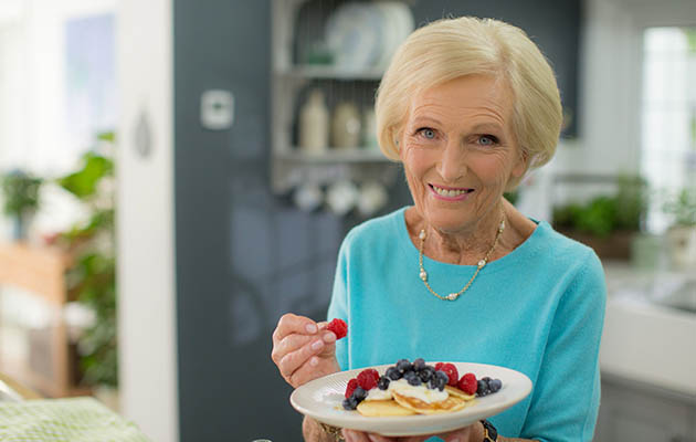 Mary Berry reveals her earliest memories and culinary secrets!