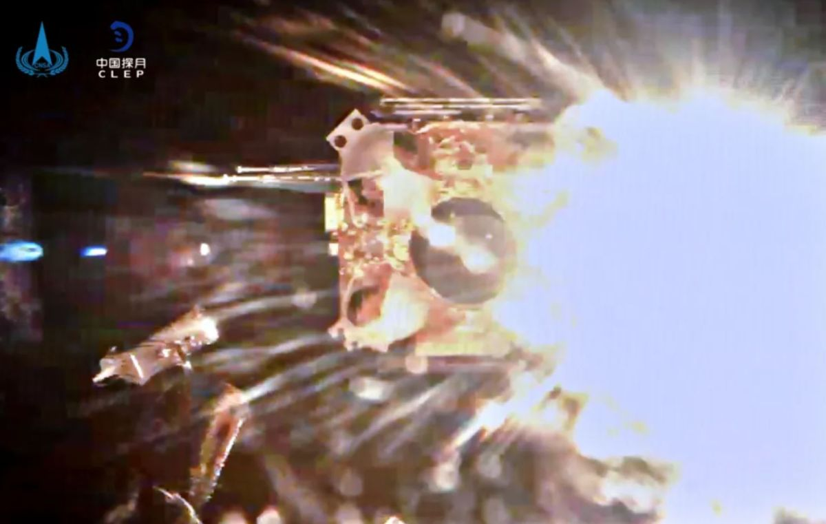 China's Chang'e 5 probe lifts off from moon carrying lunar samples