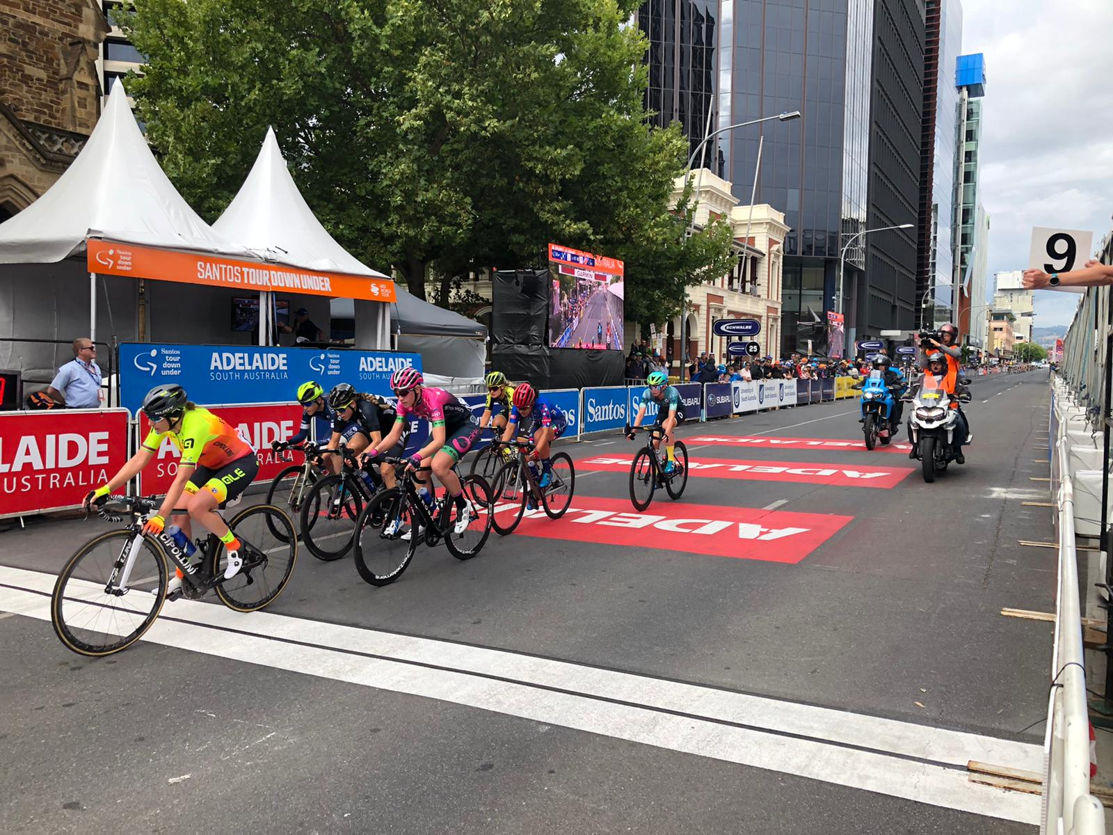 The break at the Women's Tour Down Under