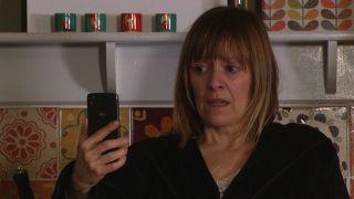 Rhona receives a shock video call in Emmerdale