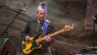 Session bass ace Tim Lefebvre: