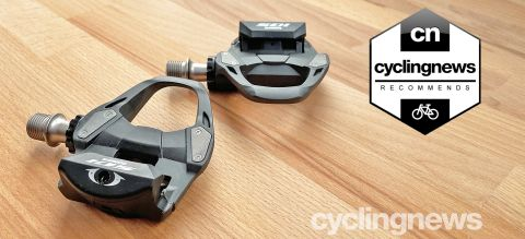 Shimano 105 Pedals overlaid with recommends badge