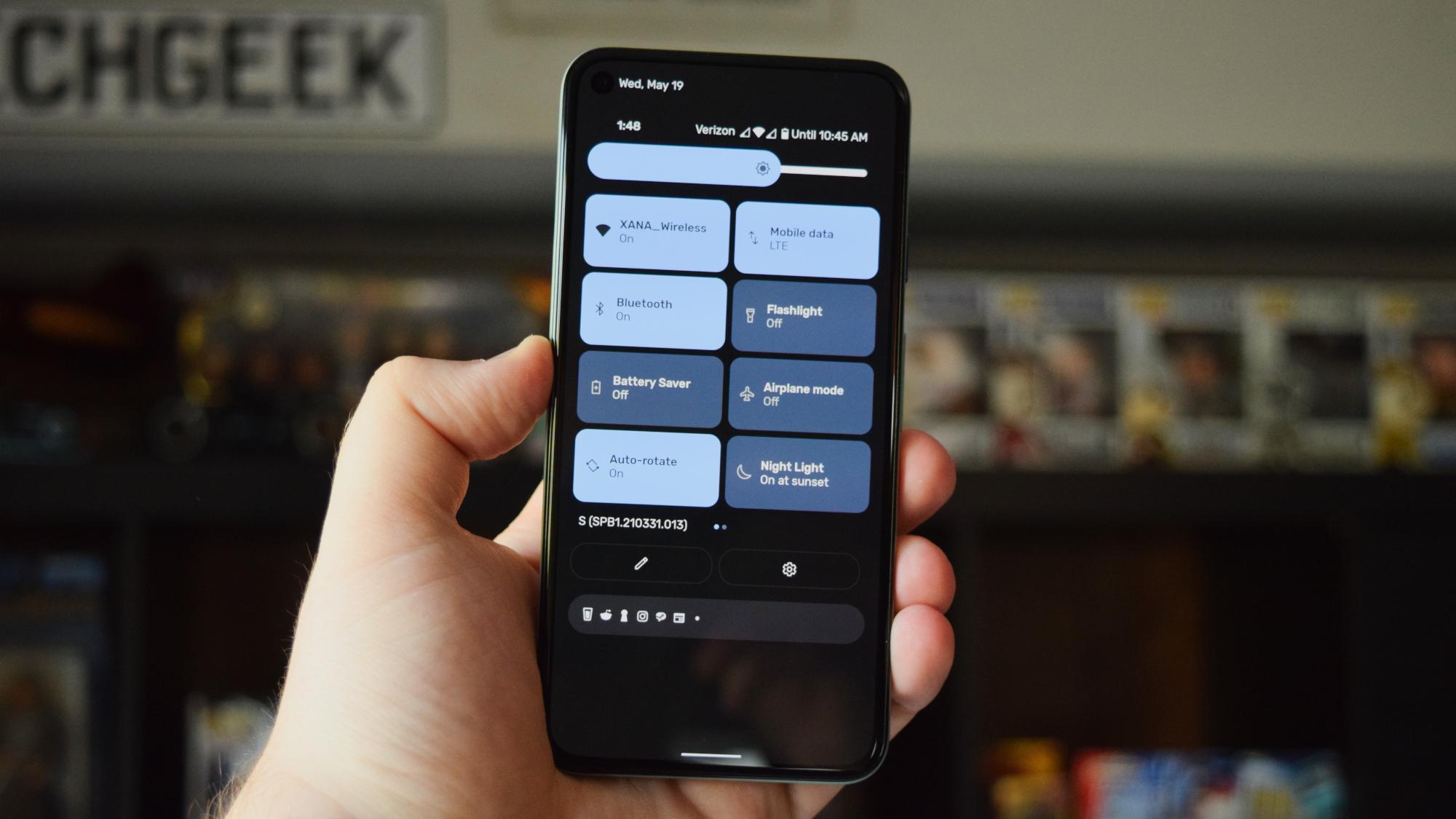 3 características de Android 12 que iOS 15 debería copiar