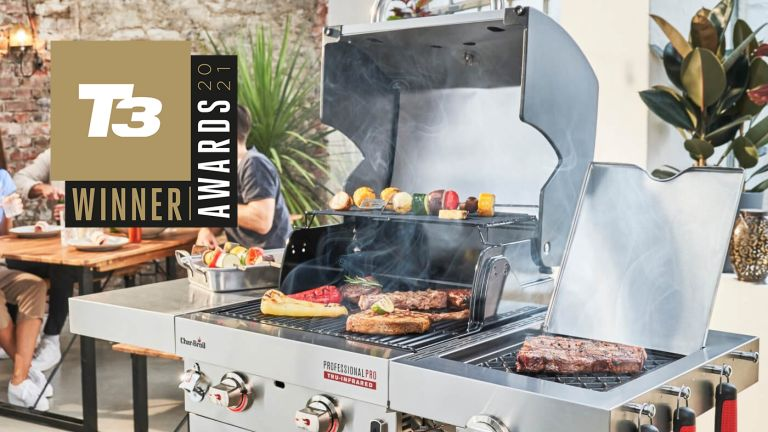 T3 Awards 2021 best barbecue CHAR-BROIL PROFESSIONAL PRO S2