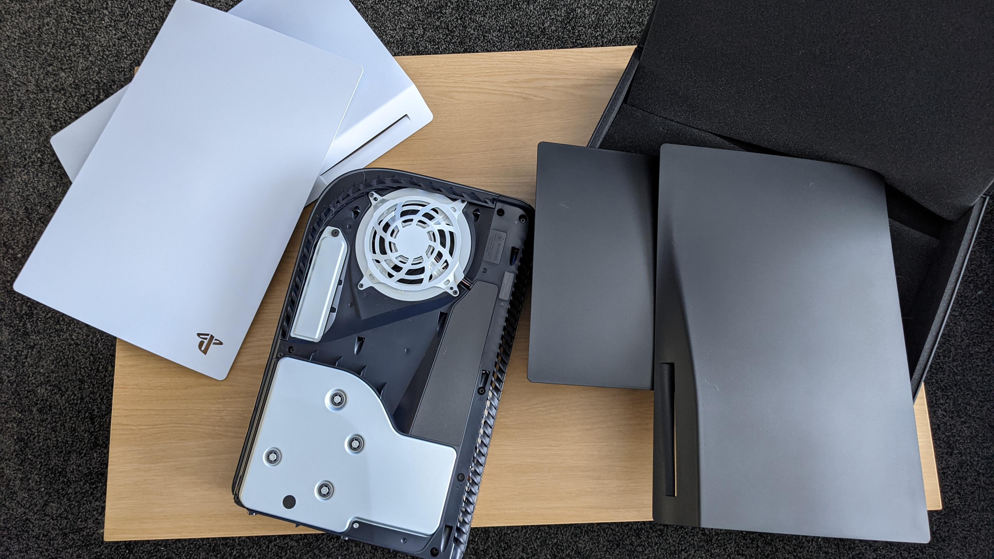 PS5 Darkplates