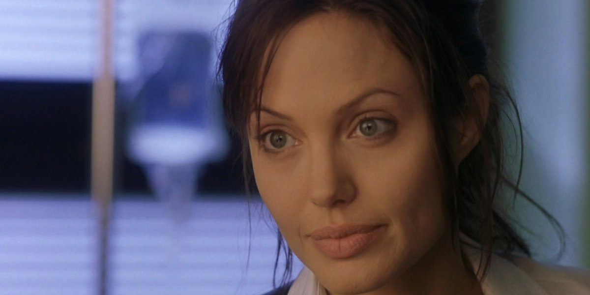 Angelina Jolie in Taking Lives