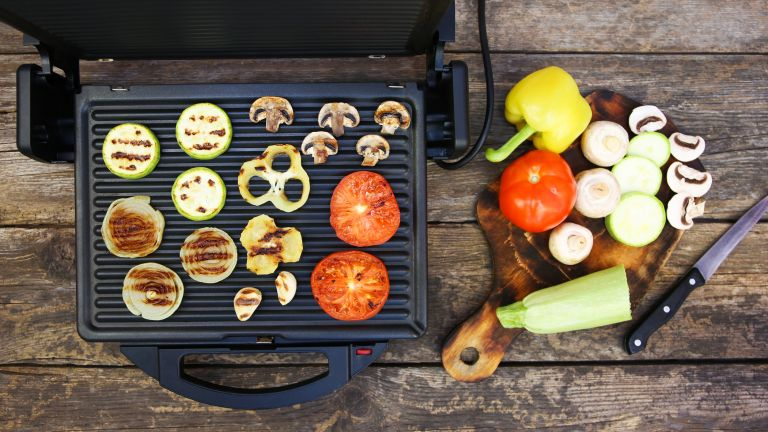 Some tasty summer BBQ staples on the best grill