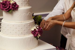 wedding cake, gifts