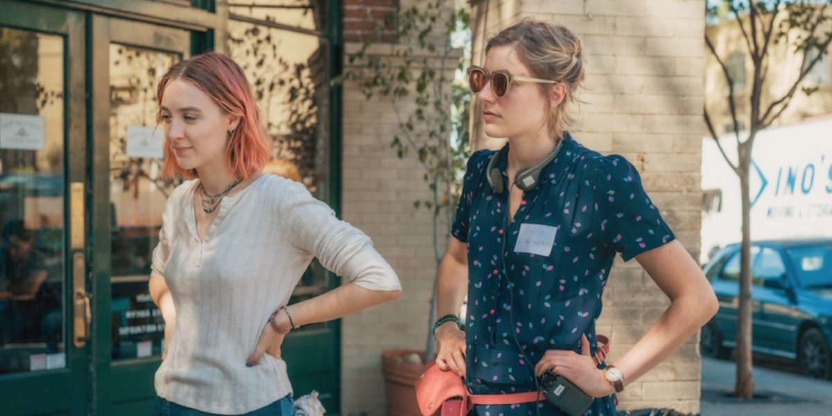 Greta Gerwig directs Saoirse Ronan on the set of Lady Bird
