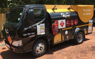refuel delivery truck