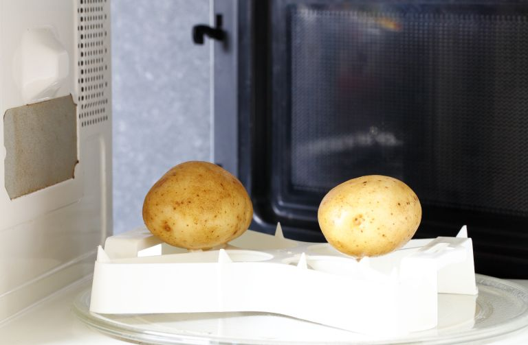 How long to microwave a potato