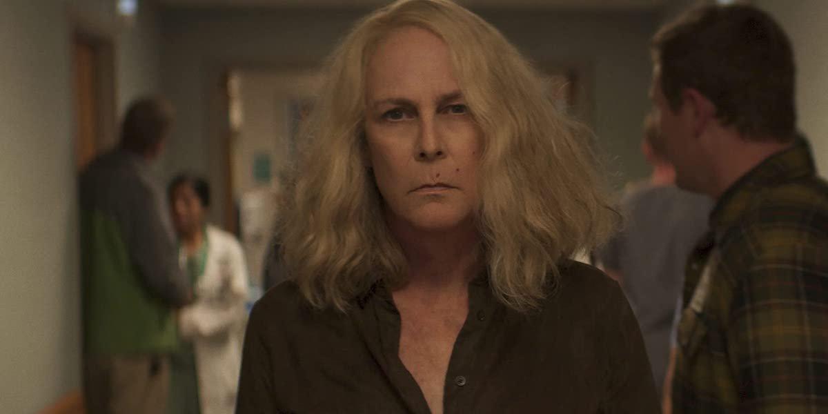Laurie Strode (Jamie Lee Curtis) walks down a hospital corridor in 'Halloween Kills'